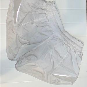 Lulu Lemon White Hotty Hot Shorts